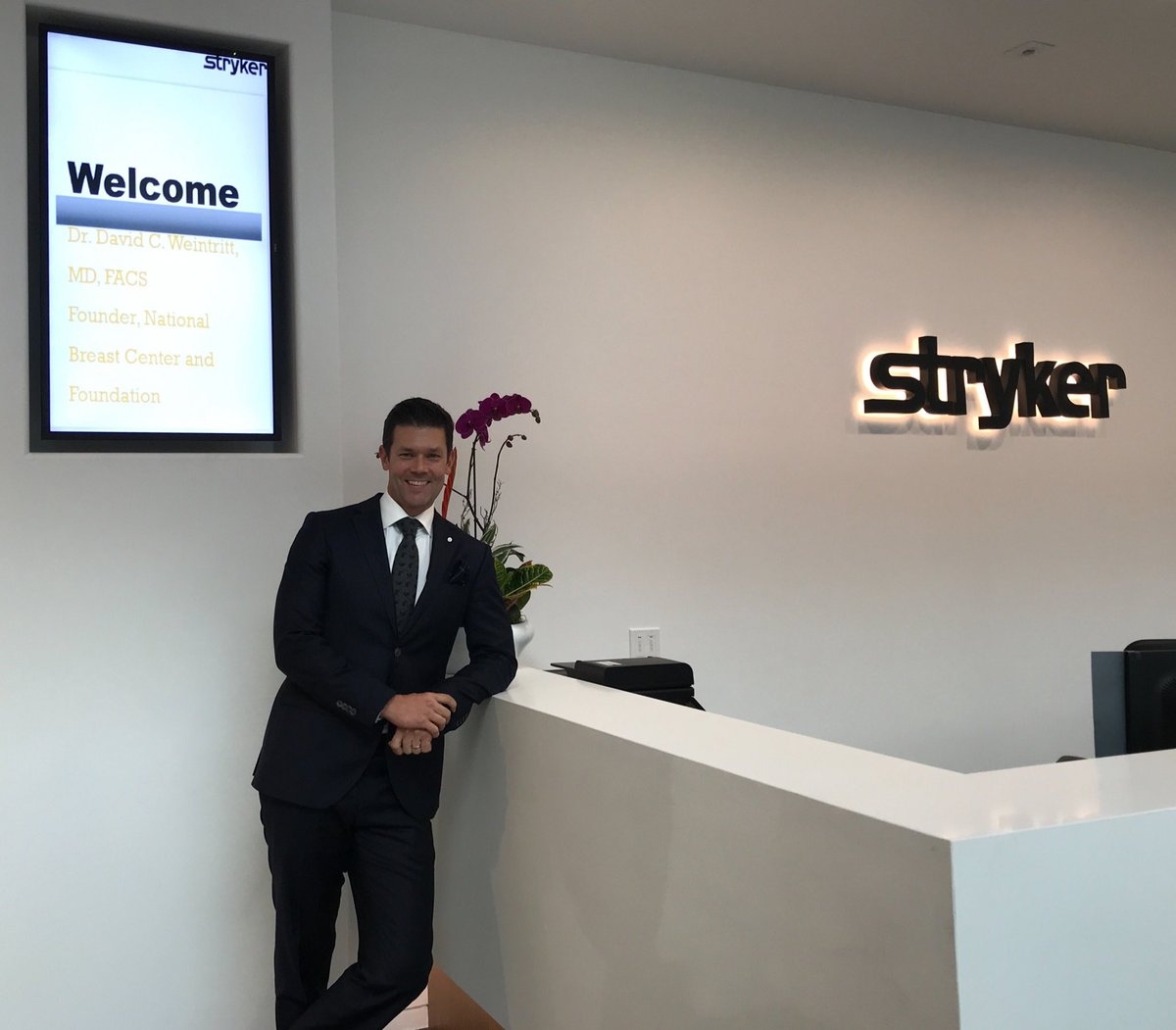 Invited to collaborate with amazing team at #Stryker.  Solutions for surgeons and patients and now taking aim against #breastcancer.  Inspired by talented dedicated and caring team. #spyphi  #spyelite #isuite tools for better outcomes!<br>http://pic.twitter.com/X95ugPPOMD