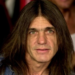 Musica. È morto Malcom Young, co-fondatore degli AC/DC  →  https://t.co/GwEpyInlam
