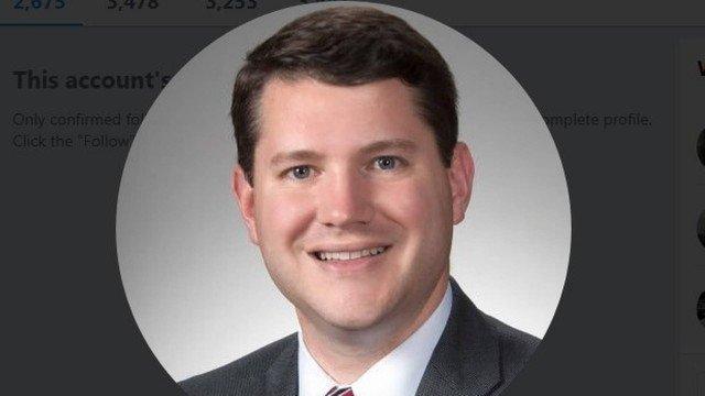 Deputado anti-LGBT renuncia após flagra de sexo com homem no gabinete, nos EUA https://t.co/XTNMVygcUO