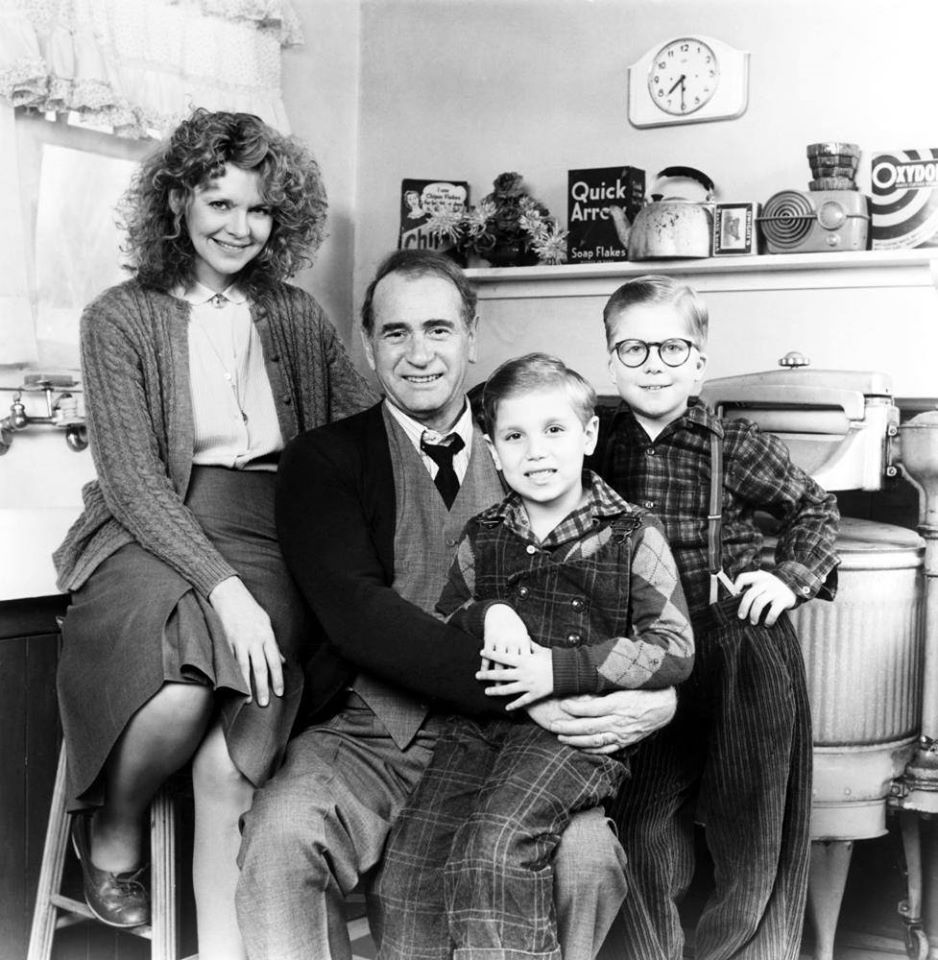Nov 18, 1983, the film A Christmas Story was released in theaters. #80s <br>http://pic.twitter.com/3zYiuY4kIJ