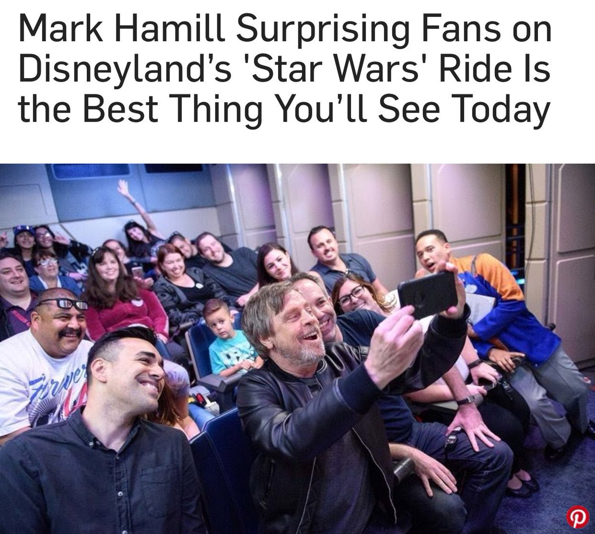 WHY #MarkHamill @HamillHimself IS THE COOLEST JEDI TO THE FANS EVER! RT IF YOU WISH YOU WERE THERE! #StarWars <br>http://pic.twitter.com/NAIjweq1xq