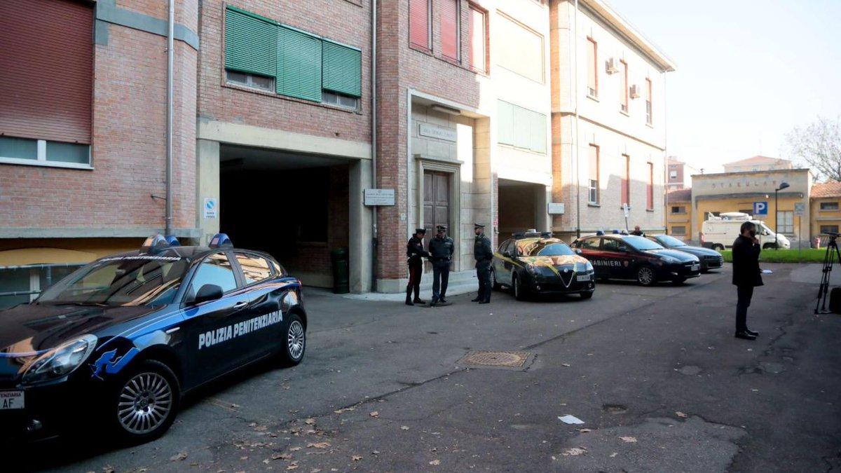 Parma, conclusa autopsia Riina: slitta nulla osta per trasferimento #Riina https://t.co/2TukZpZO53