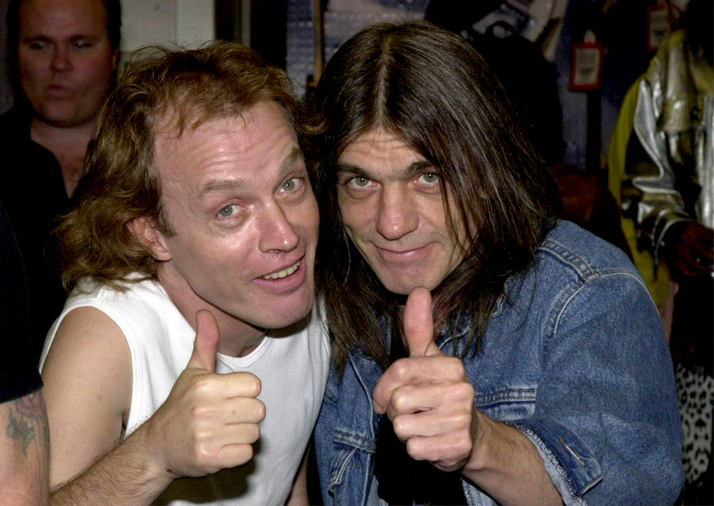 Malcolm Young, AC/DC guitarist and co-founder, dead at 64 https://t.co/k7joqALoyG