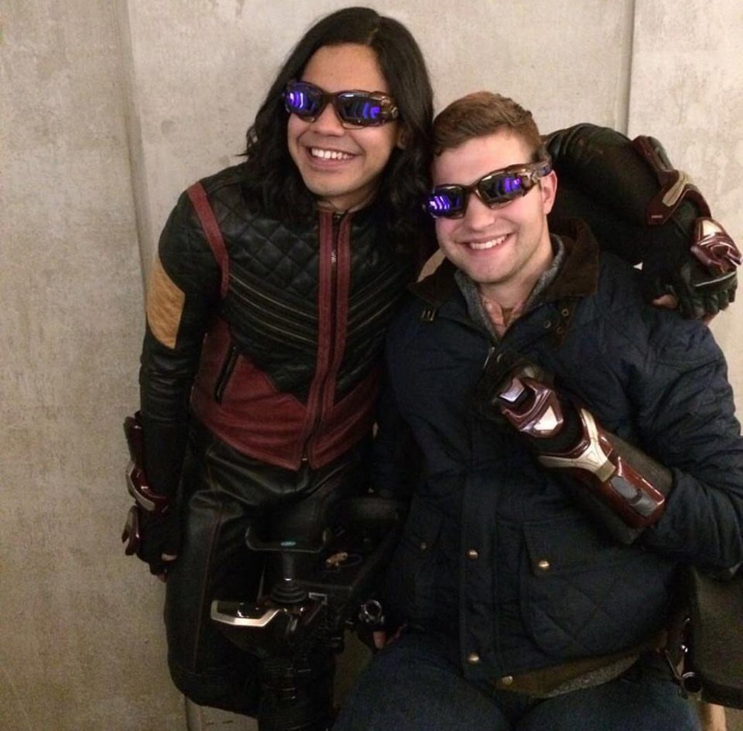 Absolutely love this Vibe picture #CiscoRamon #TheFlash  #Vibe #CarlosValdes @Tha_Los  source- https://www. instagram.com/p/Bbm0PsdFkN-/  &nbsp;  <br>http://pic.twitter.com/j7rbwuQa9M