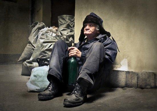年金は月6万5千円以下…難民化する老人激増の実態 https://t.co/WgOdmf6fok