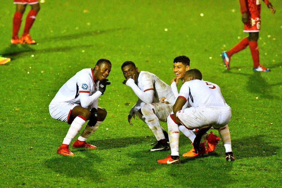 en #National2, les #Lillois ont gagné 2-0 contre #Beauvais ce samedi   @Yves_Bissouma   Habbas  #LOSCUnlimitedpic.twitter.com/MC4umtnAP8