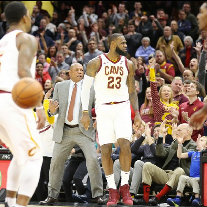 Check out these awesome photos from the Cavs OT win against the Clippers Friday Night. LeBron James led all scorers with 39 and added 14 rebounds.   Photos: John Kuntz, https://t.co/a4YA4W2Cro