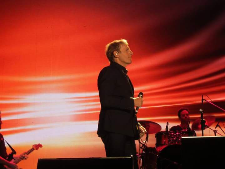 Ok send the legend my way, can&#39;t wait to see #MichaelBolton  performing Oklahoma  once again, such a magnificent performer <br>http://pic.twitter.com/BxYtAVQHTL