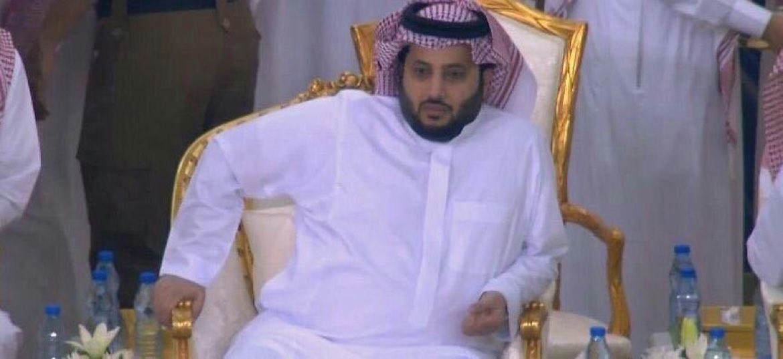رئيس #هيئة_الرياضة #تركي_آل_الشيخ يتواجد...