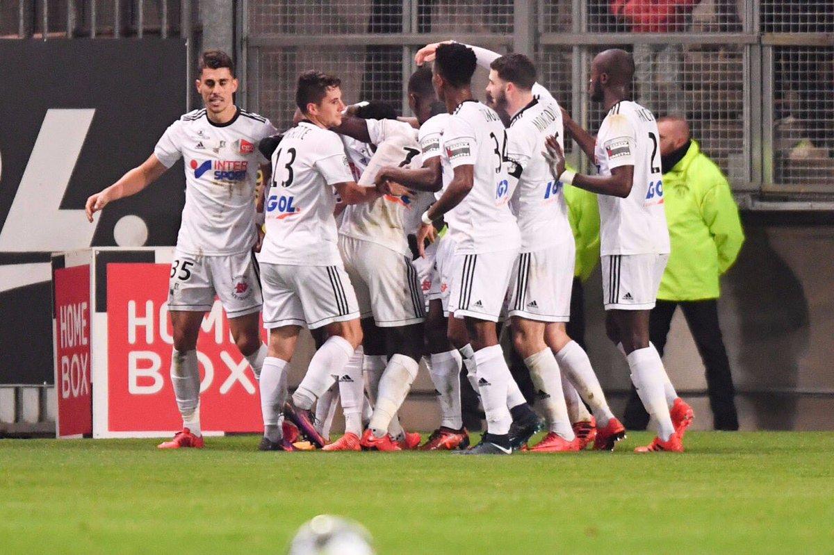 c&#39;est l&#39;esprit / good game yesterday @AmiensSC 1-1 @AS_Monaco  #ligue1 <br>http://pic.twitter.com/7pim491JqE