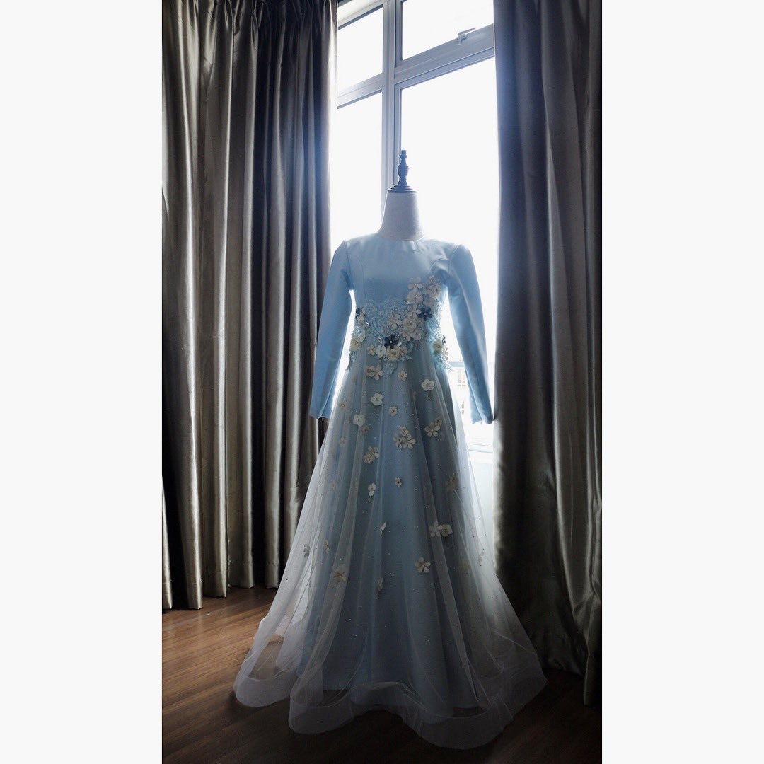 wedding dress  #handmade #hasifXbiey<br>http://pic.twitter.com/BgF0urzIQ1