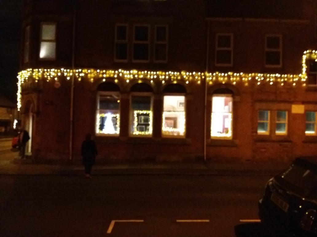 Doing our bit to light up #heritage gem #Albertsquare #Fenton #Stoke-on-Trent @TheartbayG @Lidicelives @sot2021 #sot2021 @SoTCityCouncil @cheryl_gerrard<br>http://pic.twitter.com/55Avc81IRO