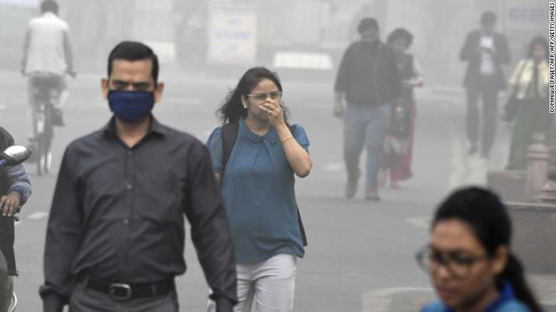 Breathing air in the Indian capital of Delhi is the equivalent to smoking 44 cigarettes per day, according to a science research group https://t.co/aAz89h76av