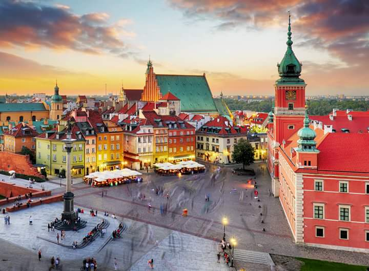#Varsavia https://t.co/5ngM6kdSEG