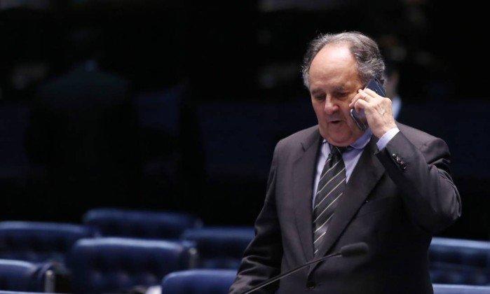 Suplente de Cristovam Buarque, que deve assumir cargo, é acusado de exploração de menor. https://t.co/4rC3cpXewf