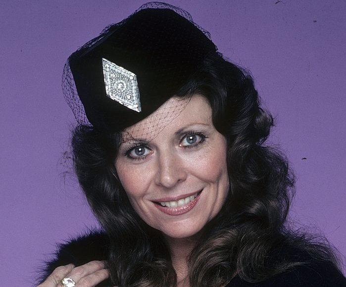 #AW &amp; #Somerset star Ann Wedgeworth passed away this week at age 83.  http://www. welovesoaps.net/2017/11/ann-we dgeworth-dead-at-83.html &nbsp; … <br>http://pic.twitter.com/8k80daetu0