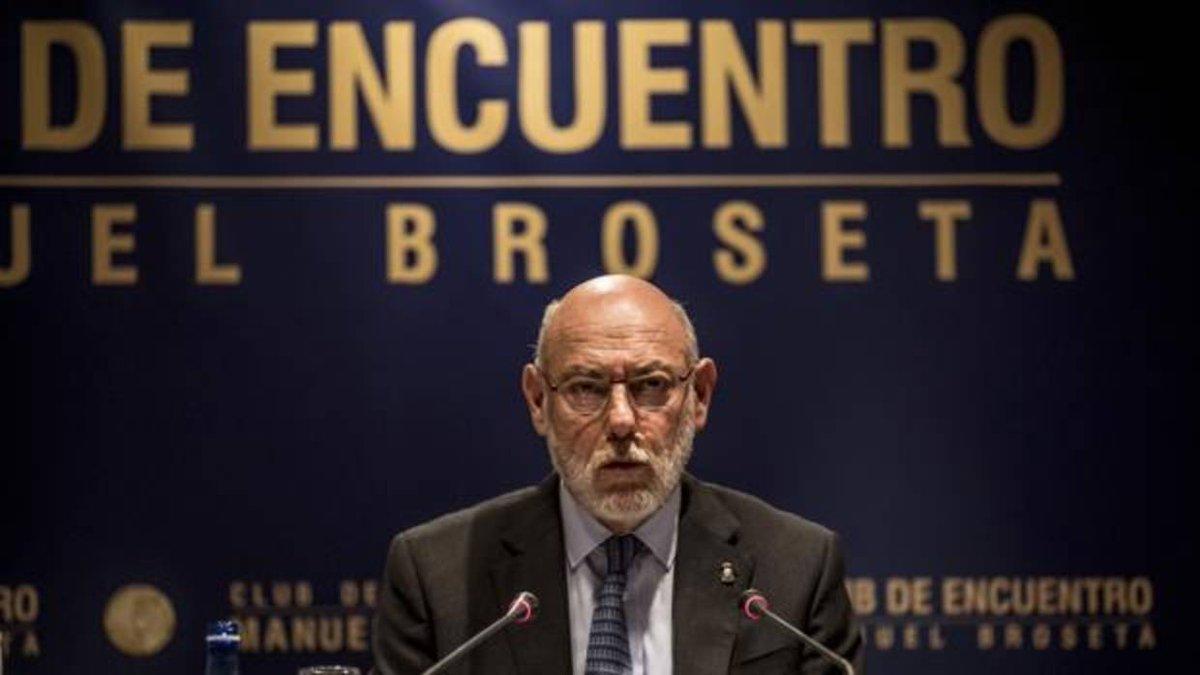 🔴#ÚLTIMA HORA: Muere el fiscal general del Estado, José Manuel Maza https://t.co/YyZ7NCAFmt https://t.co/UunmdH6B8P