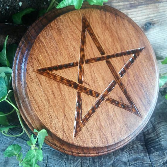 Our new Mahogany stained altar paten, simple and effective for charging   http:// etsy.me/2zvzJne  &nbsp;    #UKSOPRO   #SocialMedia  #UKSmallbiz  #ATSocialMedia  #TWDA  #Crafturday<br>http://pic.twitter.com/qZjyK161QK