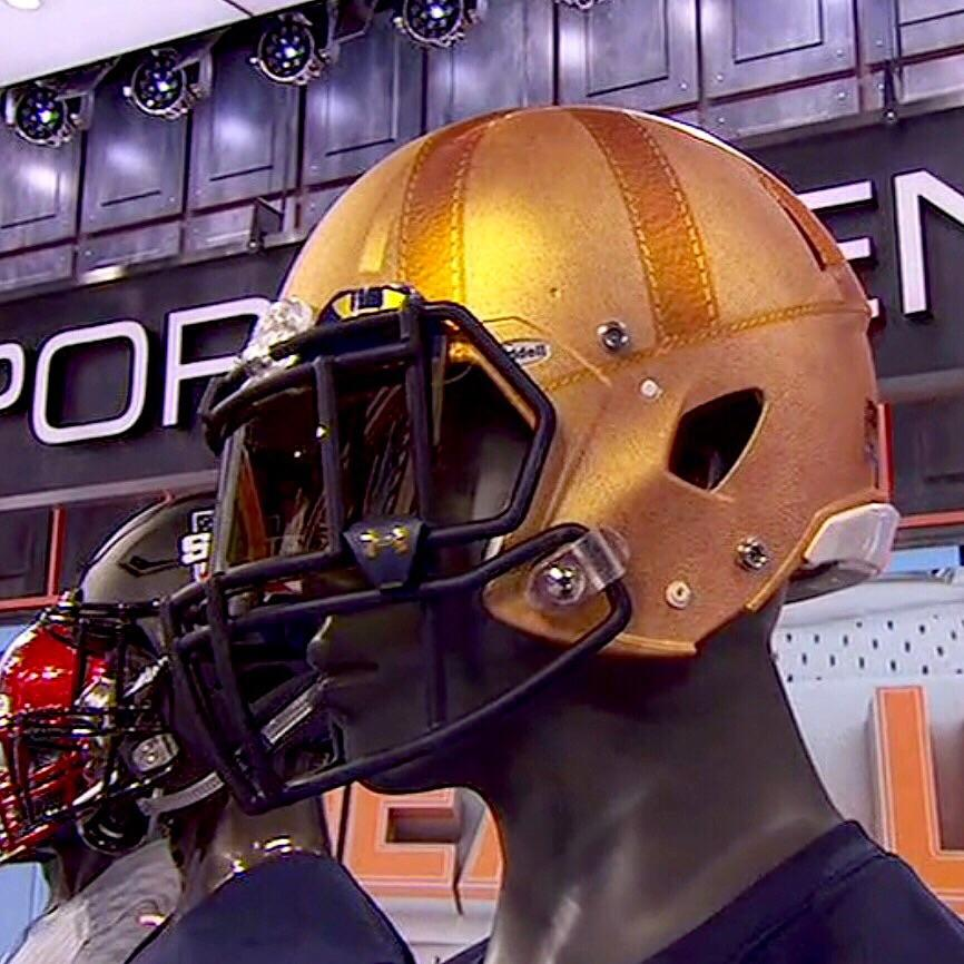 Notre Dame is throwing it all the way back to the 1920's with its Knute Rockne Heritage uniforms against Navy today. https://t.co/FhwpalstL7