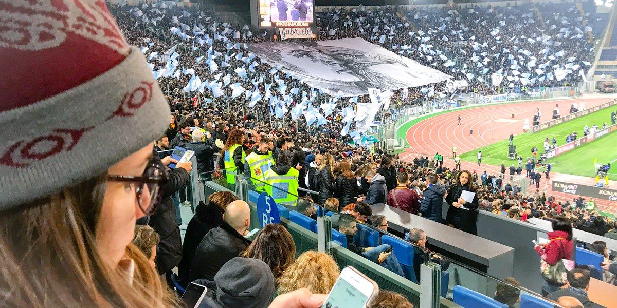 #Lazio #Roma #RomaLazio 2-1 Roma win. Great atmosphere.<br>http://pic.twitter.com/2vlMU99I5Y
