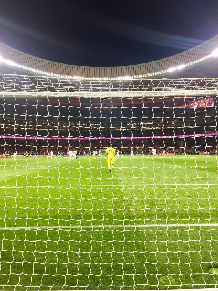 49' 🛡 @KikoCasilla13   @AtletiFR 0-0 #Re...