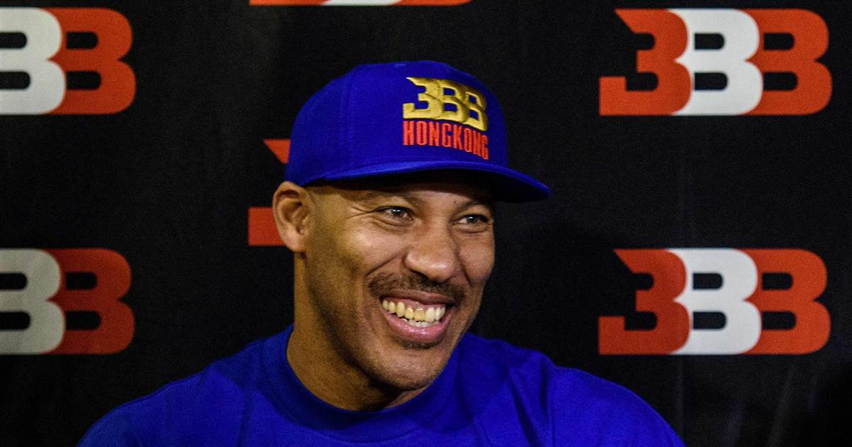 LaVar Ball, father of UCLA player arrested in China, dismisses Pres. Trump's role in his son's release: https://t.co/3GDhWtAg8h