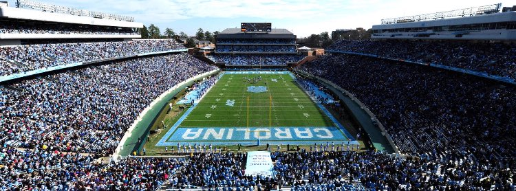 Blessed to say I've received my 2nd offer from the University of North Carolina #TarHeelNation #GoHeels <br>http://pic.twitter.com/d6UeTdypsi