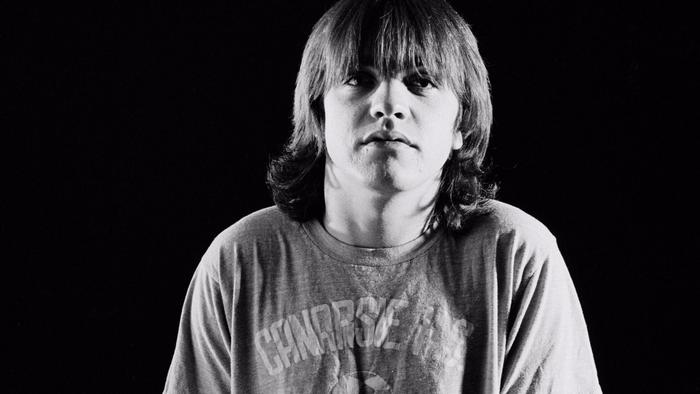 AC/DC founding member Malcolm Young dies at 64 https://t.co/CHD9OxQGFJ