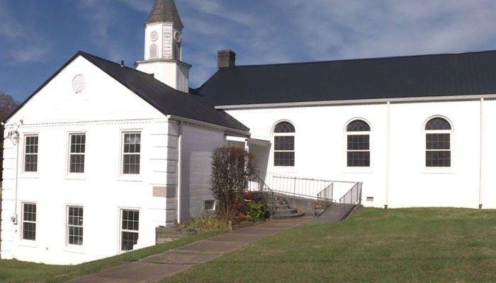 2 shot at church during guns talk #wmc5 >>https://t.co/DfOQ9ogRwW