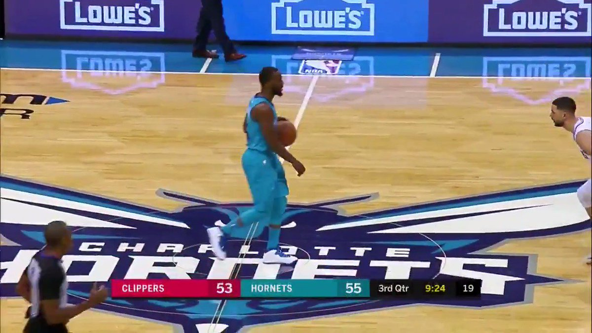 Coming off a season-high 47 point performance, Kemba leads the @hornets to another home victory! #BuzzCity https://t.co/niVMb0445h