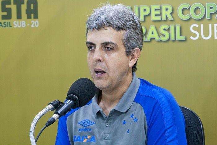 Supercopa Sub-20: Ávila avalia jogo de ida e convoca torcida cruzeirense.  https://t.co/8v8c3Ce2Ia