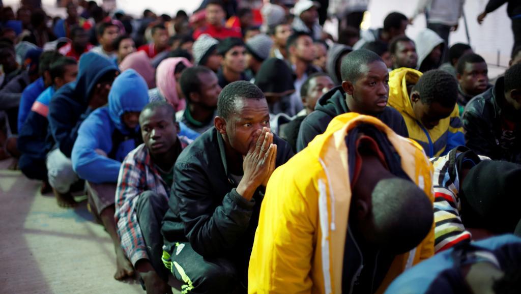 L'Afrique s'indigne du sort des migrants vendus comme esclaves en Libye https://t.co/HmjXOtUmt2