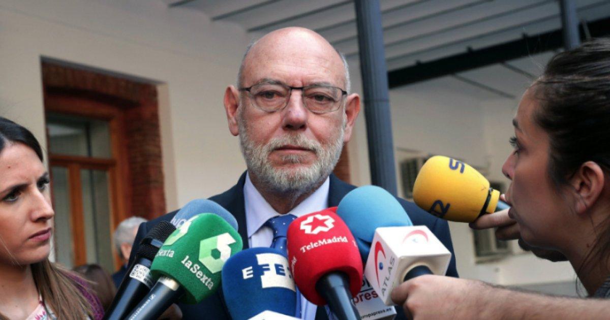 Espagne: mort du procureur général qui poursuivait les indépendantistes catalans https://t.co/tJTQSRehfo