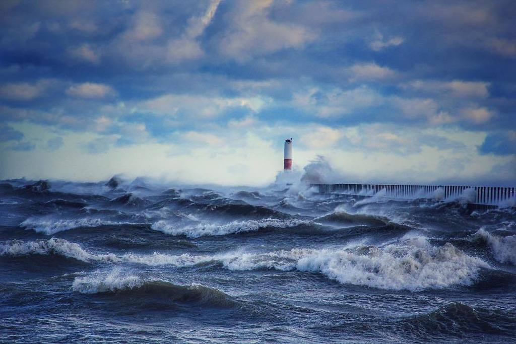 Windy, cold day on #LakeOntario   Photo by Mike. #ThisIsROC #ROC #Rochester <br>http://pic.twitter.com/JFth3rxcnZ