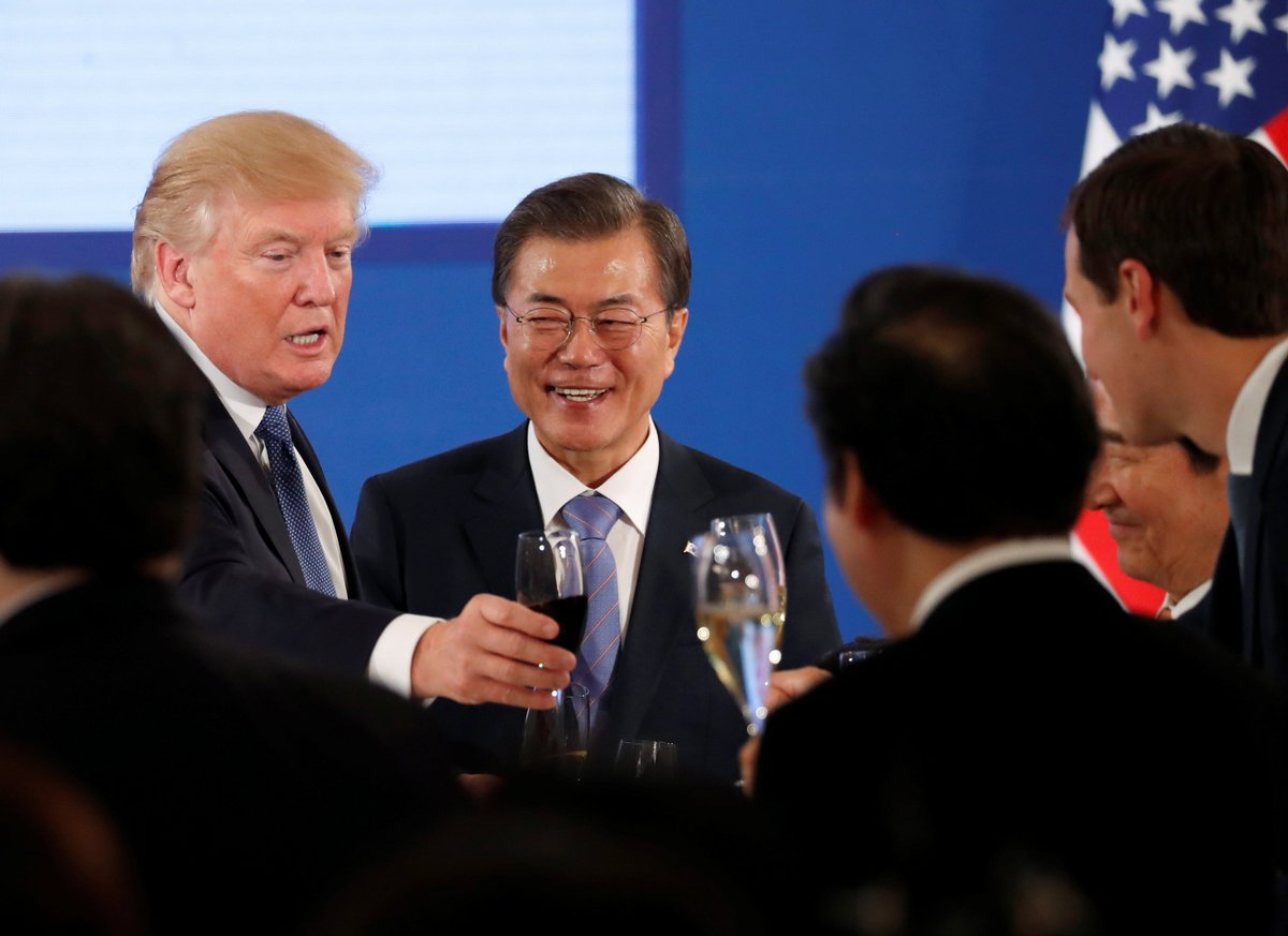 """""""There is no doubt both of the presidents want to find a peaceful way in regard to North Korea's nuclear issue.' https://t.co/ATUtoO81y5 #TrumpInAsia"""