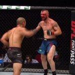 RT @btsportufc: WHAT HAS JUST HAPPENED?! 😱👊  #UFCS...