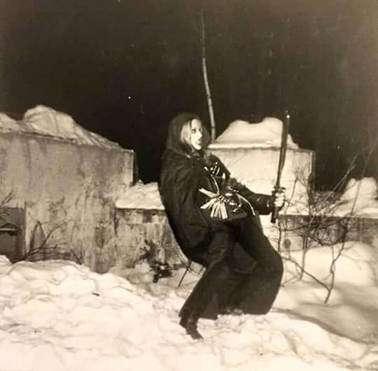Shagrath Was born November 18th, 1976  Early years in Dimmu Borgir  Vocals and drums early  #BlackMetal #oldschool #Norway #90s <br>http://pic.twitter.com/JXC97ydrcd