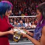 RT @WWE: Meet your NEWWWW #WWENXT #WomensChampion....