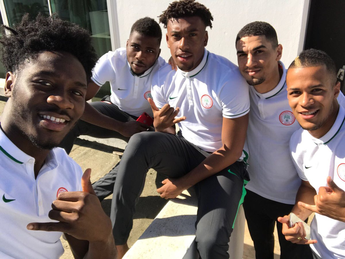 RT @alexiwobi: 🤙🏽🇳🇬 https://t.co/YzNDBuTrz8