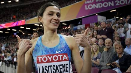 #Lasitskene excluded from the 2017 prize for the athlete of the year: #polemica  http:// rosea.it/75c49d37Xe      #atleticapic.twitter.com/1YcFs69p5O