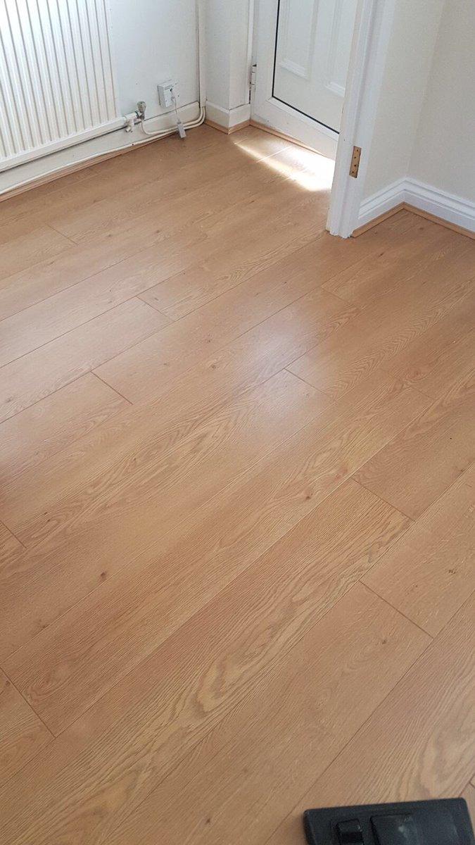Laminate Range In Colour Natures Oak Sthelens Wigan Warrington Liverpool Runcorn Widnes Flooring Laminateflooring S T Co O6tkpp1cxy