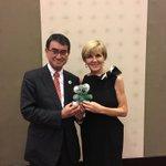 オーストラリアのジュリー ビショップ外相とのワーキングディナー。北朝鮮、南シナ海、自由貿易、ミャンマ…
