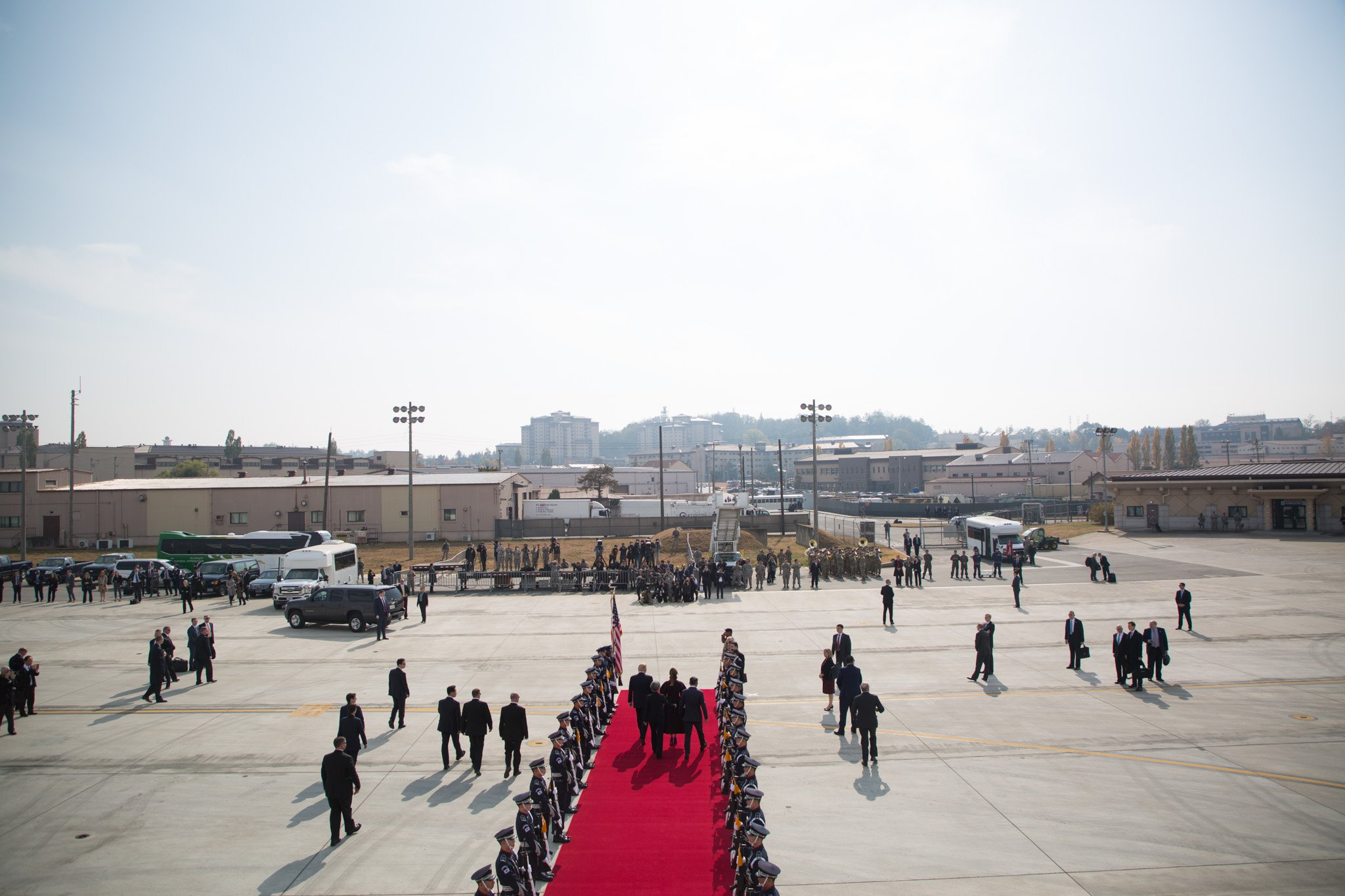 President Trump and the First Lady have arrived in South Korea: https://t.co/2EdlNGZPYw #POTUSinAsia https://t.co/K9UDlqfLAo