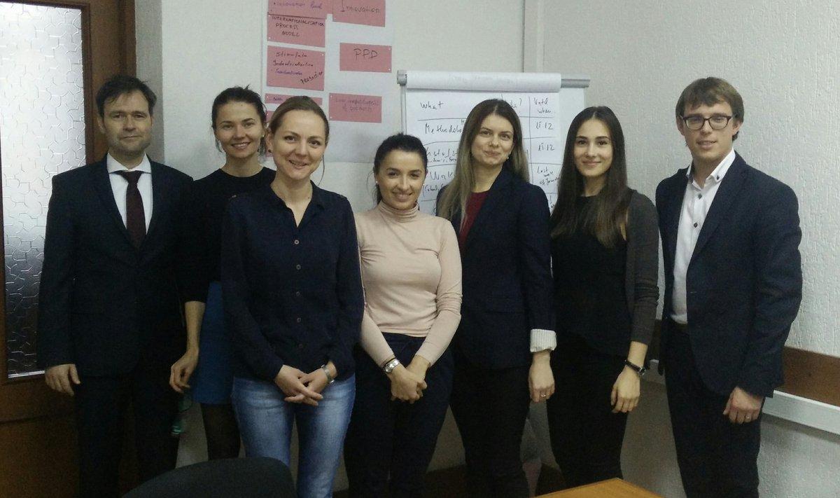 Expert mission on cluster mapping in Moldova @odimm_md  #clustero #EUTaiex <br>http://pic.twitter.com/jBTxLpr5tQ