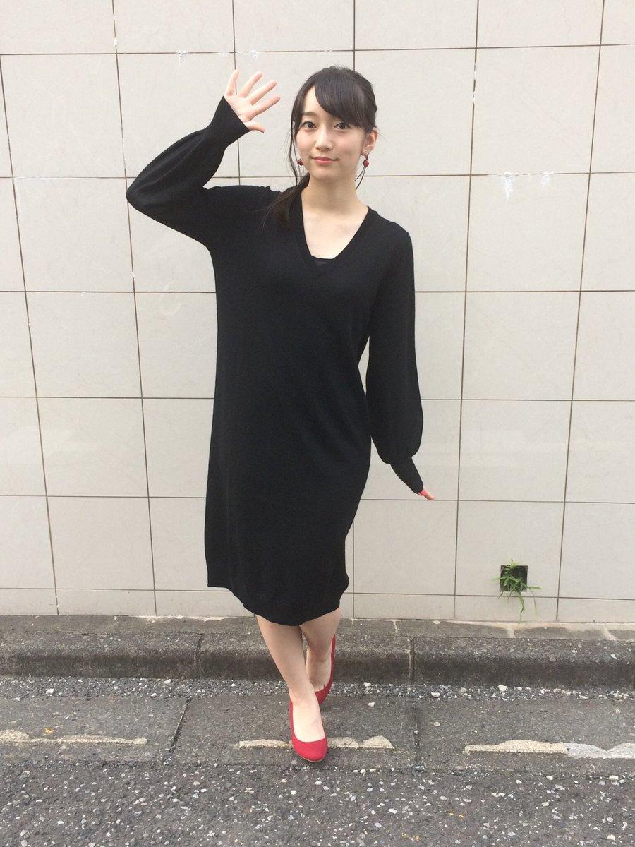 藤田茜さんのタイツ姿