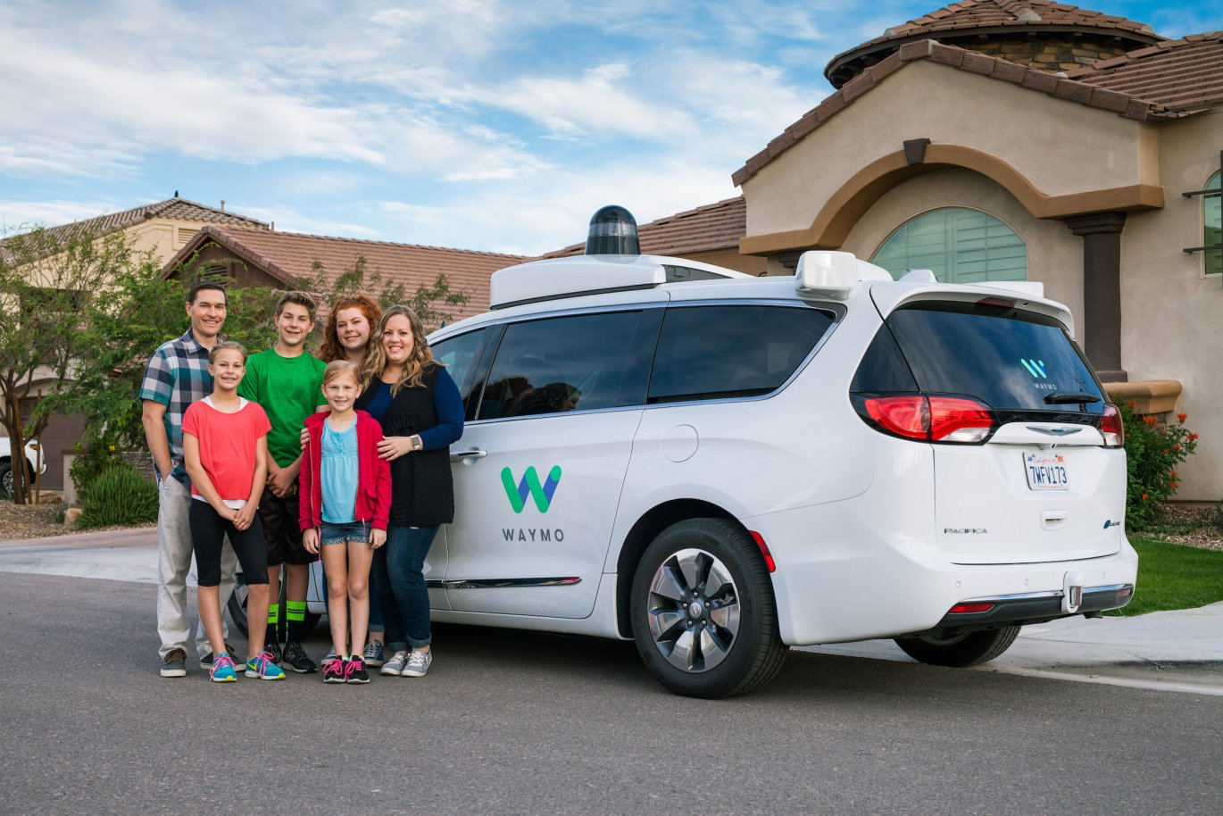 Waymo's first product will be its own on-demand ride hailing service https://t.co/5Ss6miEHG4 https://t.co/PL2hBnx6nj