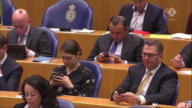 Eerste scherm, tweede kamer, via @mariannezw https://t.co/ligNuKKVIc