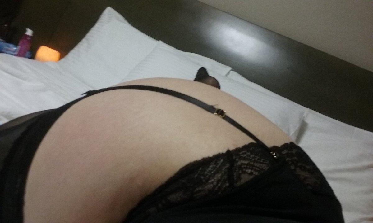 Big round booty bbw