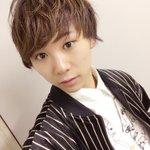 ちょっとだけ髪切ったよー今日はこんなところに日本人の収録でございました!! pic.twitter.…