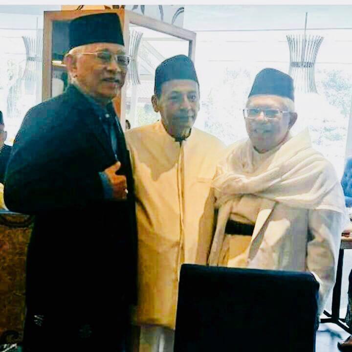 Para Ulama Khos Aswaja Hadir pada Pernikahan Puteri Jokowi
